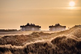 Copyright: Beach Motel/www.mobbys-pics.com